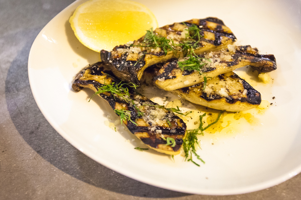Fake Poricini (grilled king mushrooms) at Oasis