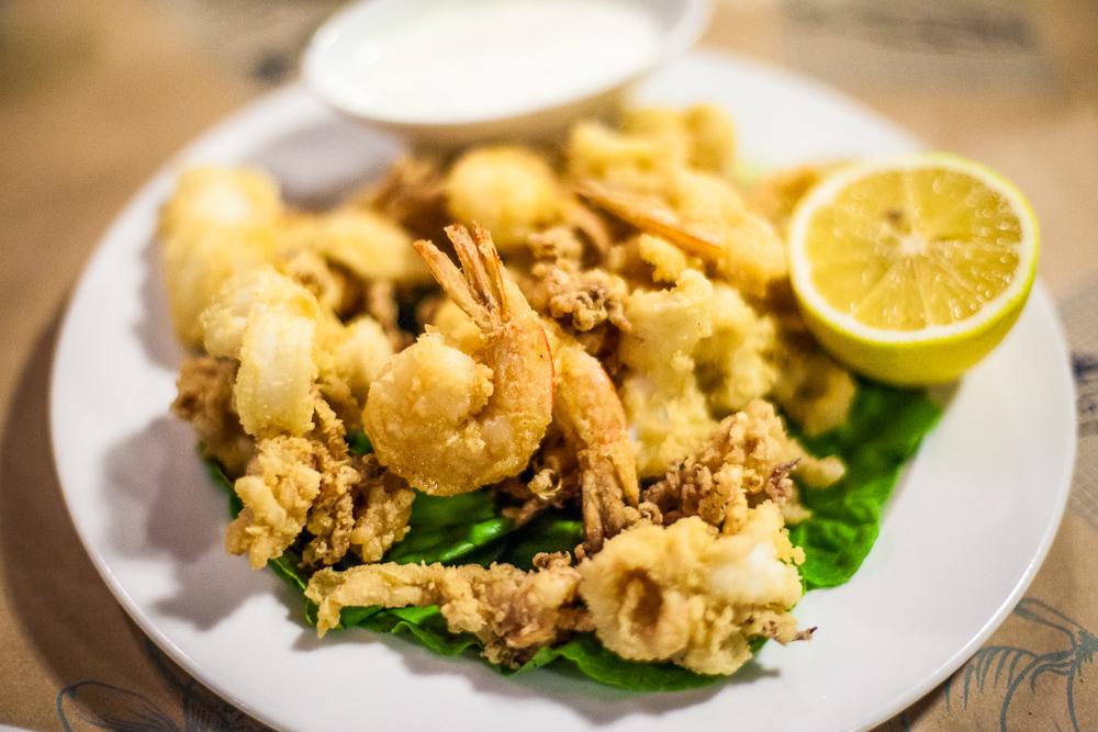 Fried seafood, Shtsupak, Tel Aviv, Israel