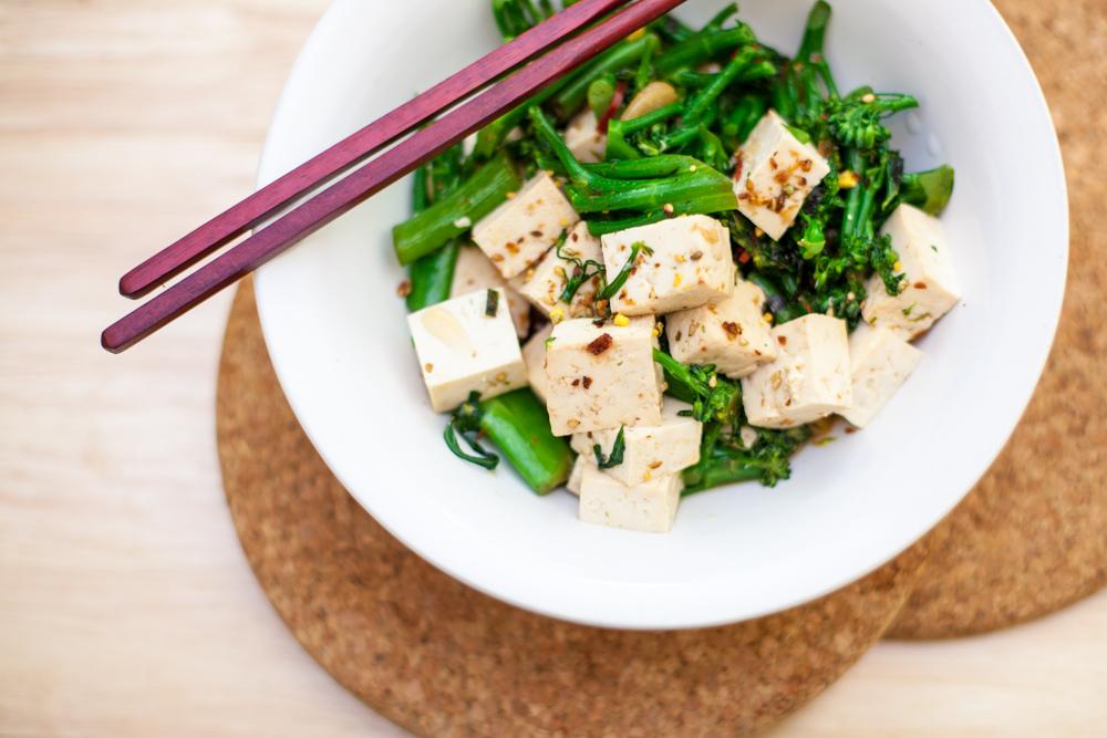 broccoli-tofu-furikake-1
