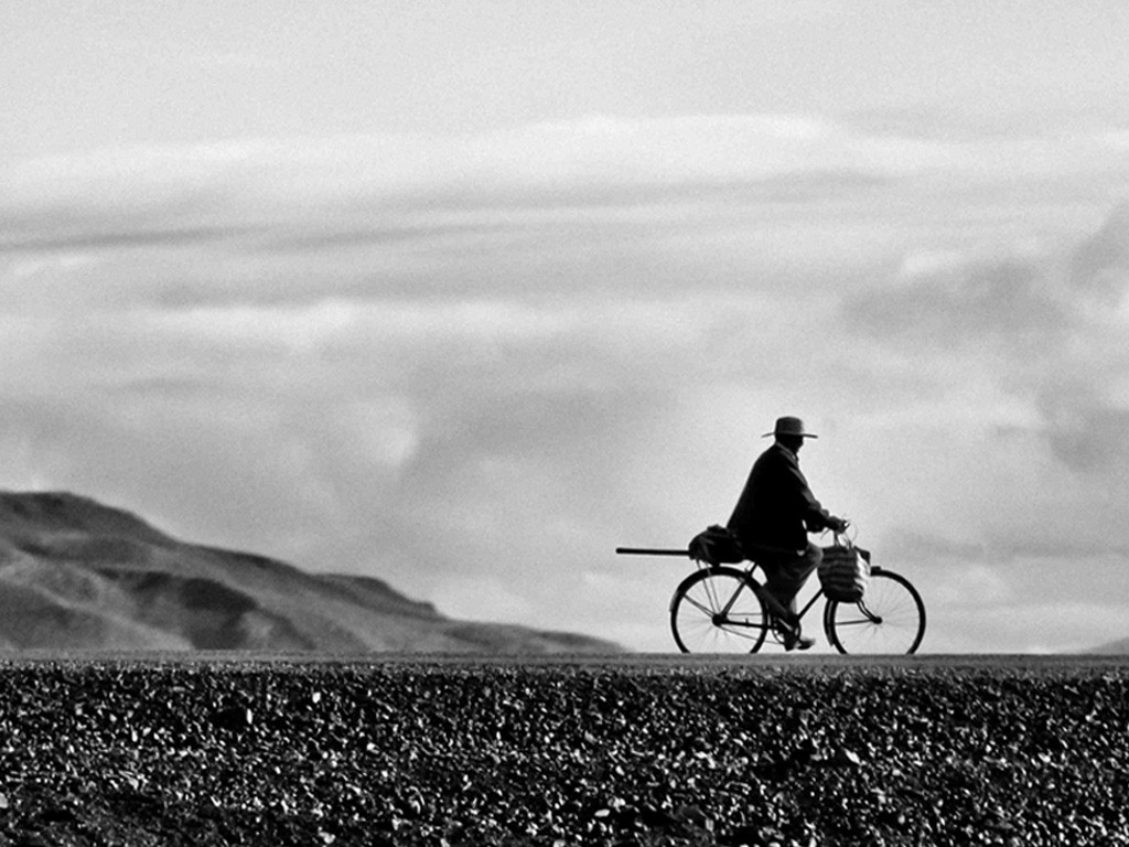FAIR_Quinoa_Vodka_Jardins_Florian_Cyclist_Altiplano